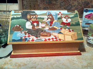 "HAND PAINTED ""TEDDY BEARS PICNIC"" BREAD/FOOD BOX"