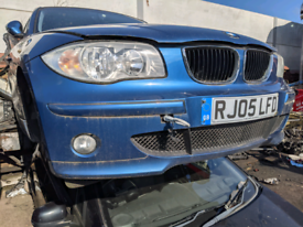 BMW 1 series breaking blue black front bumper bonnet all parts availab