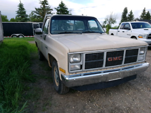 1987 GMC Sierra C2500 RWD Manual.