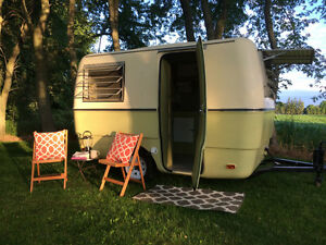 Vintage Trillium Trailer For Rent