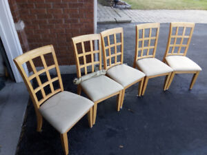 Dinning Chairs. Great Condition
