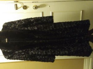 Luxurious Shiny Full Length almost black Mink Fur Coat