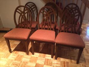 6 chaises de cuisine. 6 kitchen chairs.