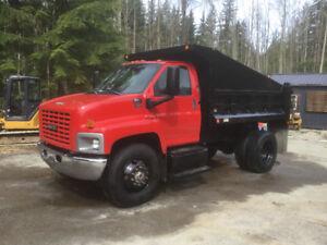 2005 Isuzu Topkick C7500 dump truck low km hydraulic brakes