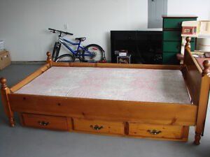 captains bed (single) with mattress
