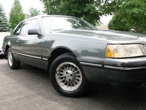 1987 Ford Thunderbird Coupe (2 door)