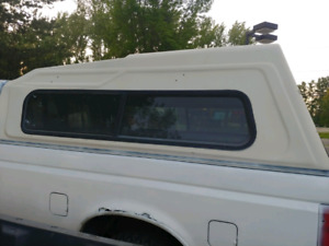 Need gone 90s ford highrise canopy