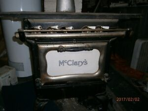 McClary's Wood/Gas Stove