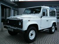 Land Rover Defender 90 E  Station Wagon