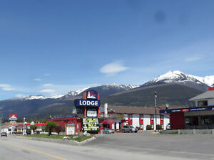 INVESTORS ALERT!!  71 ROOM HOTEL FOR SALE IN VALEMOUNT
