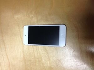 Apple iPod Touch 32gb $230.00 OBO