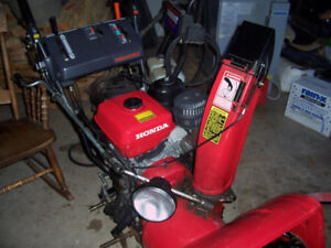 WANTED HONDA HS1132,928, 828 Snowblower AS IS For Parts