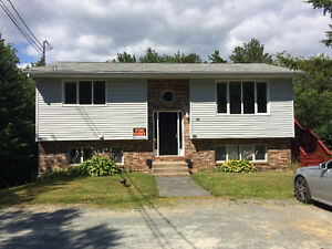 Newly Reno'd 2 Bedroom Flat in Fall River