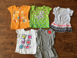 Very cute girls 2T size clothes for $10 Oakville / Halton Region Toronto (GTA) image 2