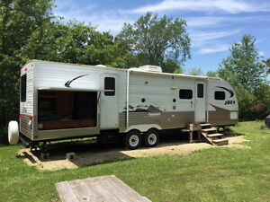 Travel trailer 2011 Aljo Joey select 312 with outside kitchen