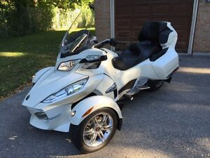 2011 CAM-AM SPYDER LIMITED