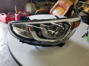 2015-2017 HYUNDAI ACCENT HEAD LAMP ASSEMBLY