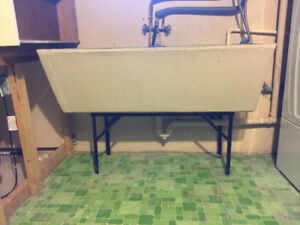 Concrete Double Sink with stand