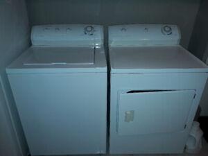 URGENT 4 Électro. Laveuse, sécheuse, frigo, cuisinière