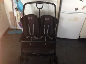 Graco twin/double pushchair.