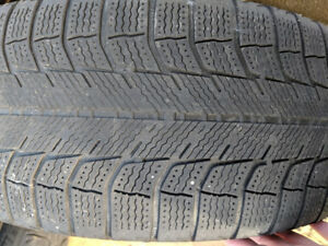 Michelin X-Ice 205/55R16 on Rims