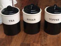 Storage pots
