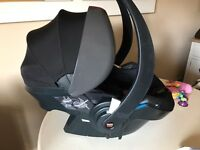 Stokke BeSafe IziGo Black Car Seat WITH Isofix