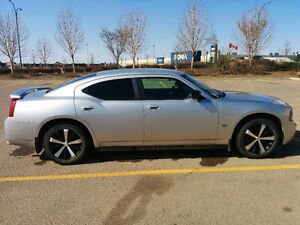 Mint condition upgraded Dodge Charger 2007- low Km!