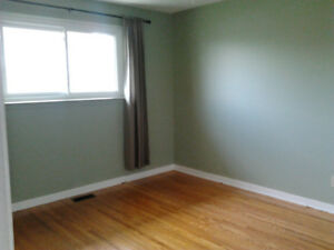 ROOM for RENT Near Kennedy & Clarence in Brampton