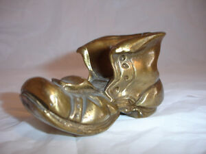 FOR SALE Vintage glass shoes, collectible shoes Kitchener / Waterloo Kitchener Area image 5