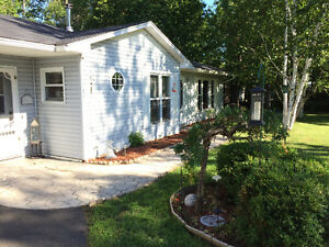 Ranch Style Home, Beaver Dam.  10 minutes from Costco
