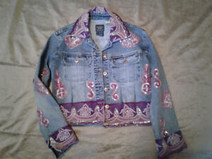 NEVER WORN Parasuco distressed denim jacket, made in Canada
