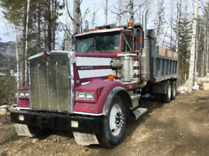 FOR SALE 1988 W900 TANDEM KENWORTH DUMP TRUCK