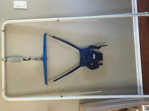 Jolly jumper with stand , perfect condition, in yorkton