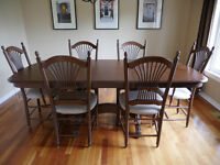 Solid wood contemporary dining table and 6 chairs