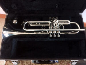 Yamaha Professional Silver Trumper - Mint Condition $575