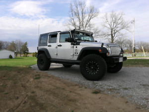 2007 Jeep wranger unlimited !