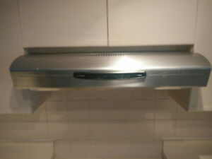 Stainless Steel Cooking Range, Kitchen Hood Exhaust, Track light