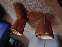 """Brown """"Bearpaw"""" Boots -- Size 8"""