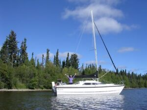 2001 MacGregor 26X Sailboat