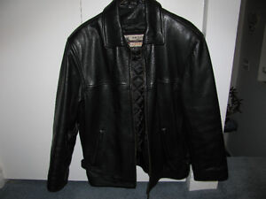 MAN'S LINED LEATHER JACKET.--SIZE SMALL