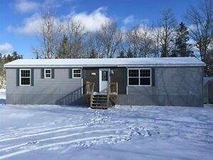Beautiful Mini On Its Own Land In Community of Mount Uniacke!!