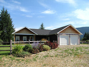 Salmon Arm Rural - 4000 SF Custom Home / 150 Acres