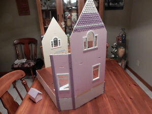 Newberg Doll house Windsor Region Ontario image 5