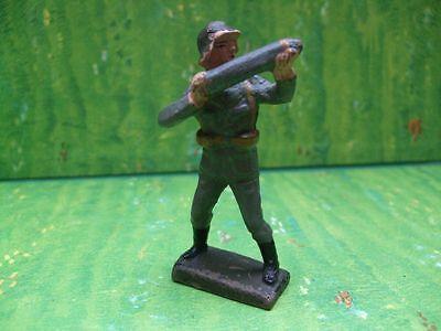Lineol, ... Dänischer Soldat Granate haltend