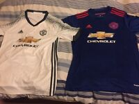 2 FOR THE PRICE OF 1 2 NEW Manchester United (Man Utd) Men's Medium Shirts/Jerseys