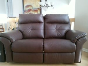 Elran Sofa Buy And Sell Furniture In Ottawa Gatineau Area