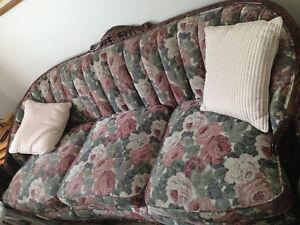 sofa antique.