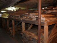 Planches de bois pour ébénisterie séché au four.