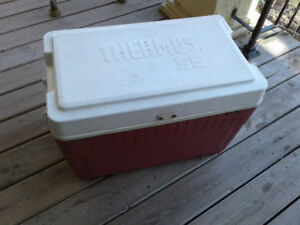 13 gallon cooler, used